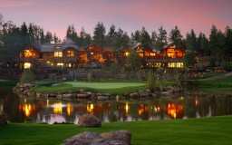 Golf Clubhouses and Country Clubs