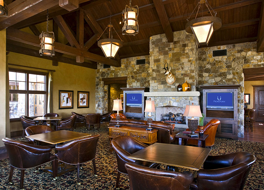 private golf club men's locker room lounge