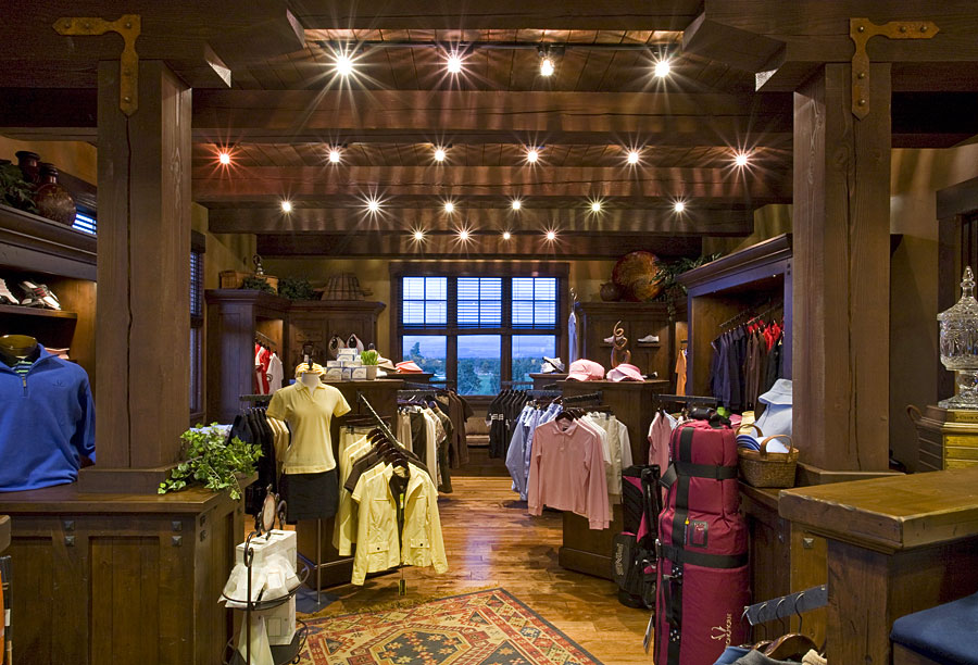 golf clubhouse pro shop